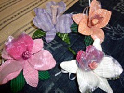 カトレアの花のコサージュ